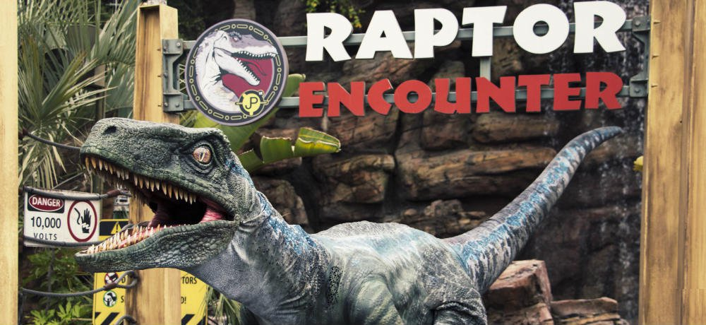 "Universal Studios Hollywood and Universal Orlando Resort Add ""Blue"" to 'Jurassic World' ""Raptor Encounter"" Experiences"