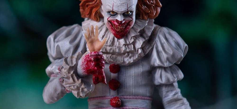 Photos of Iron Studios' IT (2017) Pennywise Deluxe Statue, Coming in 2019 from Sideshow Collectibles