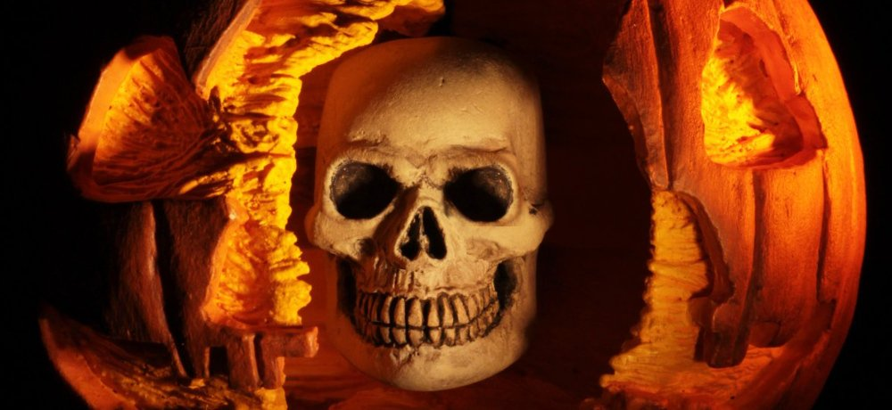 Toy Fair 2019: NECA Reveals 'Halloween II' (1981) Ultimate Michael Myers Figure, Including Jack-o'-Lantern Skull